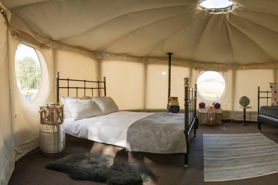 Masons Riverview Yurts Bolton Abbey Bed