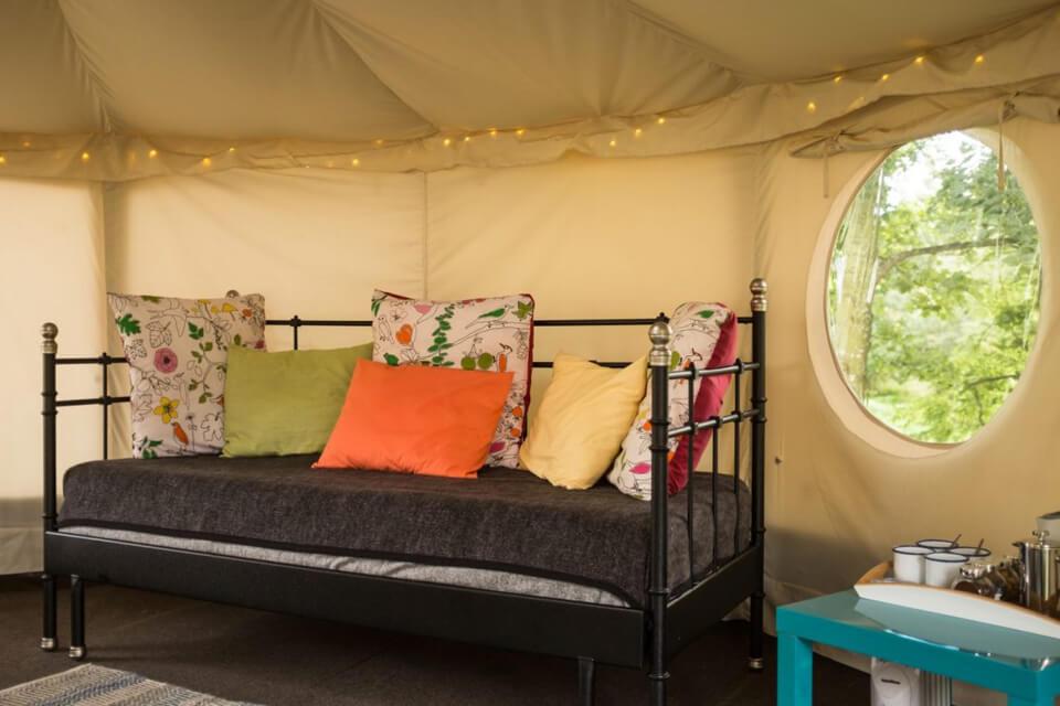 Masons Riverview Yurt Sofa