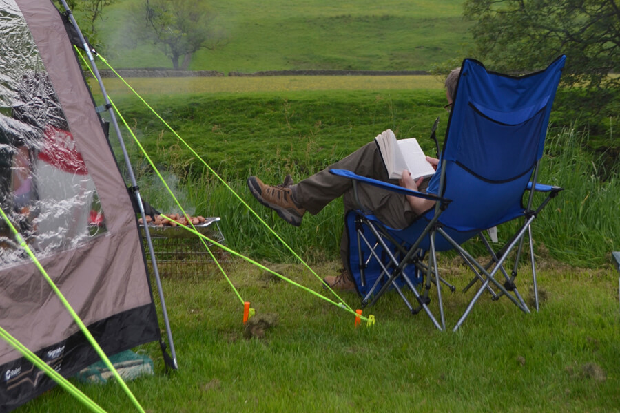 Camping Bolton Abbey River Field Relaxing