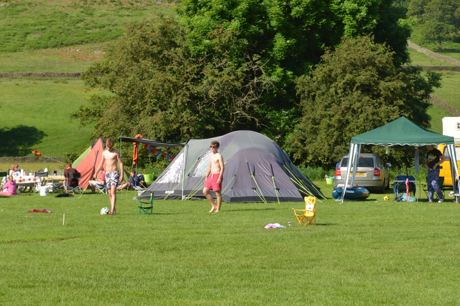 Camping Bolton Abbey River Field Games