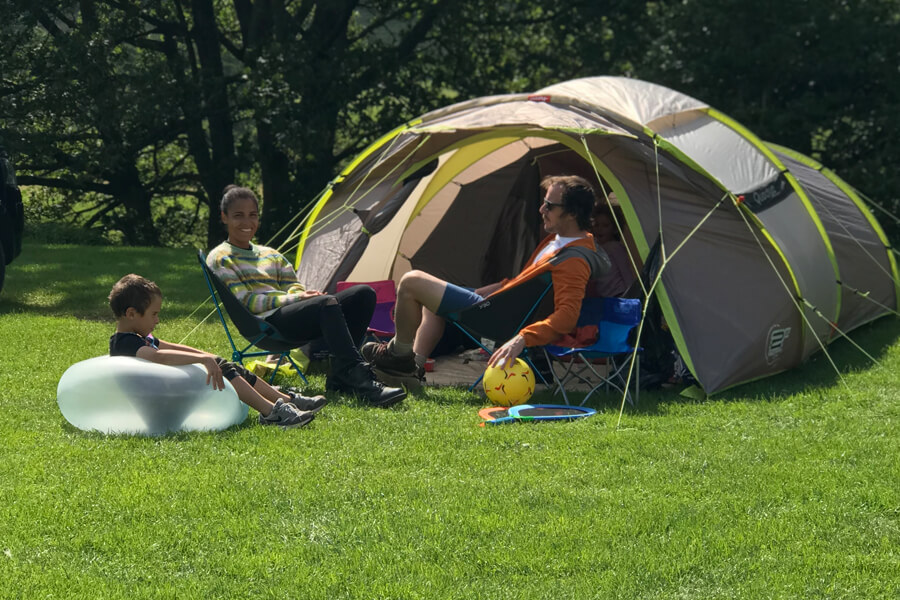Camping Bolton Abbey River Field Family